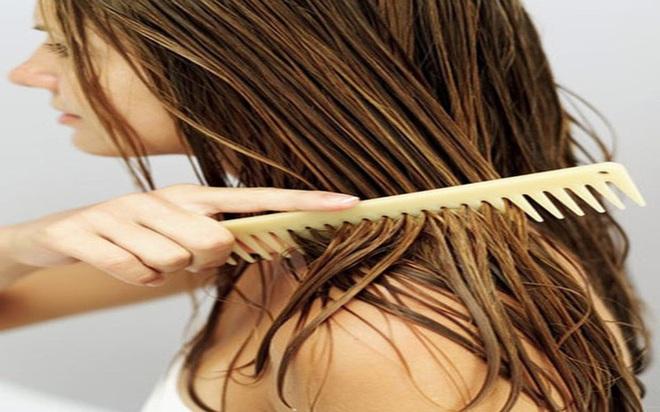 6 thói quen xấu khiến rụng tóc, hói đầu - Ảnh 4.