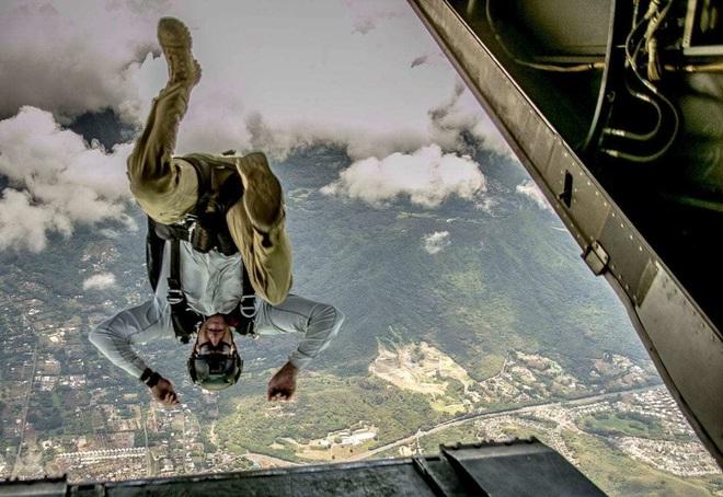 Những bức ảnh thần sầu của đội quân mạnh nhất thế giới 2019 - Ảnh 12.