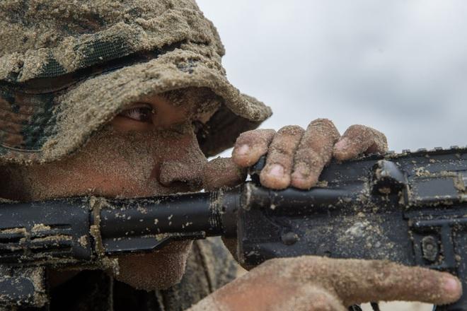 Những bức ảnh thần sầu của đội quân mạnh nhất thế giới 2019 - Ảnh 7.