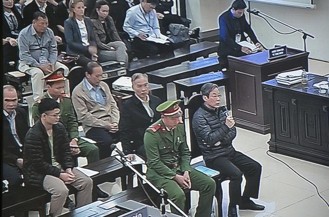 Không đưa 3 triệu USD cho con gái, cựu Bộ trưởng Nguyễn Bắc Son không nhớ đã tiêu vào việc gì - Ảnh 2.