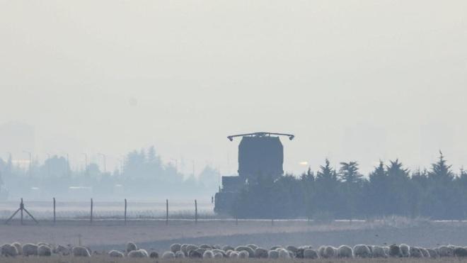 Hệ thống tên lửa phòng không S-400 Thổ Nhĩ Kỳ đột nhiên biến mất không dấu vết - Ảnh 4.