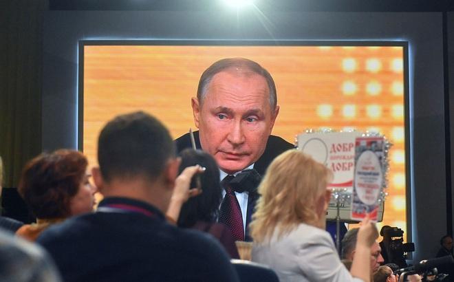 Sửa đổi hiến pháp Nga: Ông Putin muốn bỏ cụm từ quan trọng liên quan trực tiếp tới nhiệm kỳ tổng thống