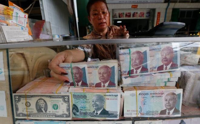Tốc độ tăng trưởng kinh tế vượt VN, Campuchia vẫn đối mặt rủi ro khi phụ thuộc đồng USD và tiền TQ?