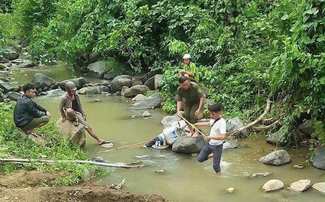 Người đàn ông chết dưới suối với vết chém trên cổ ở Yên Bái: Đang làm thuê cùng em trai thì bỏ về nhà