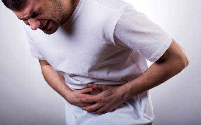 Nguy kịch tính mạng vì đau quặn bụng lại tưởng bệnh dạ dày