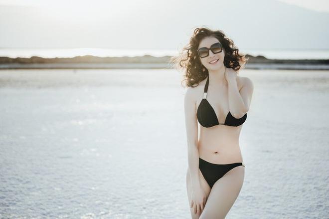 MC Thanh Mai gây choáng khi mặc bikini khoe body không tỳ vết ở tuổi 46 - Ảnh 2.