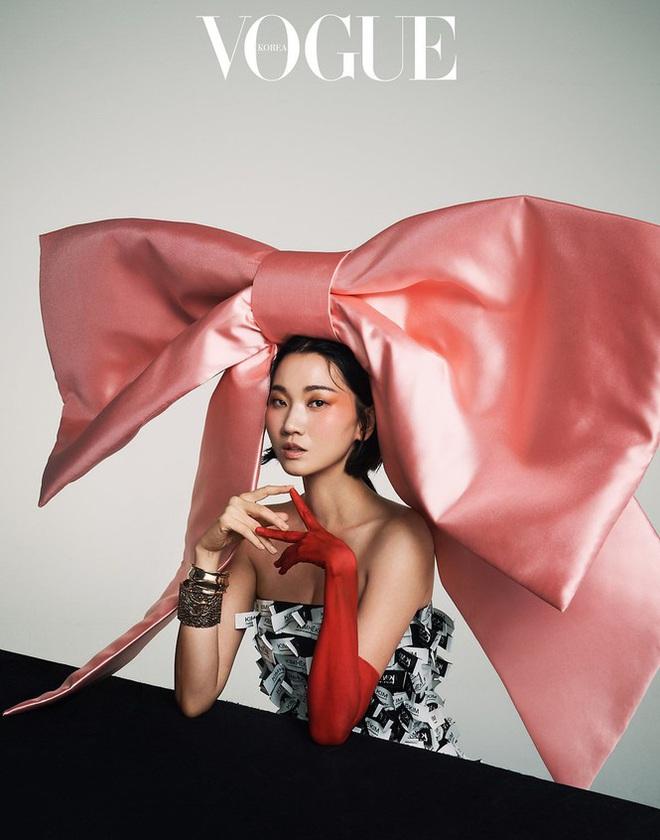 Loạt ảnh táo bạo rực lửa của người mẫu U40 xứ Hàn  - Ảnh 8.