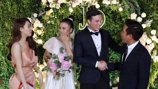 Nhã Phương giật mình trước câu nói của Trường Giang với chồng MC Hoàng Oanh - Ảnh 3.