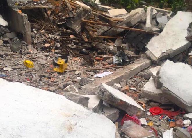 Hiện trường vụ nổ kinh hoàng tại Nghệ An khiến 2 cha con tử vong, con dâu sẩy thai - Ảnh 12.