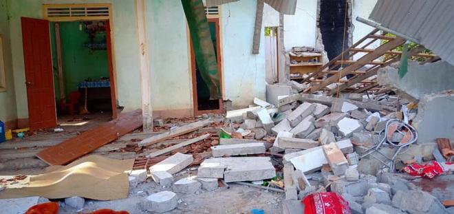 Hiện trường vụ nổ kinh hoàng tại Nghệ An khiến 2 cha con tử vong, con dâu sẩy thai - Ảnh 3.