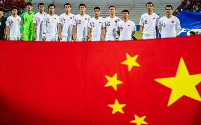 """VL World Cup hoãn vì Covid-19, CĐV Trung Quốc: """"Tuyển TQ sẽ biến thành Brazil B mất thôi"""""""