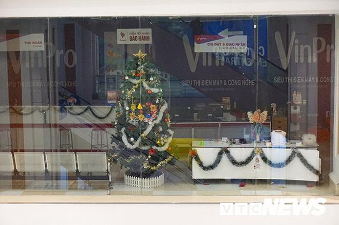 Hệ thống điện máy Vinpro bắt đầu đóng cửa, website ngừng hoạt động  - Ảnh 3.