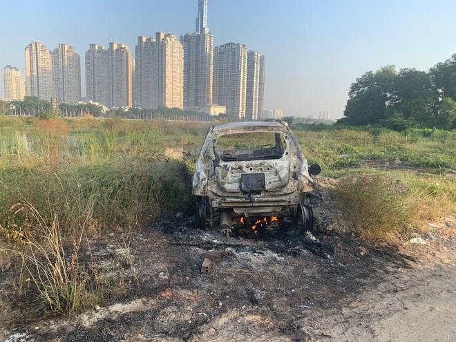 Xác định nghi can vụ giết người, cướp tài sản, đốt xe ô tô khiến 1 phụ nữ Hàn Quốc tử vong ở Sài Gòn - Ảnh 1.