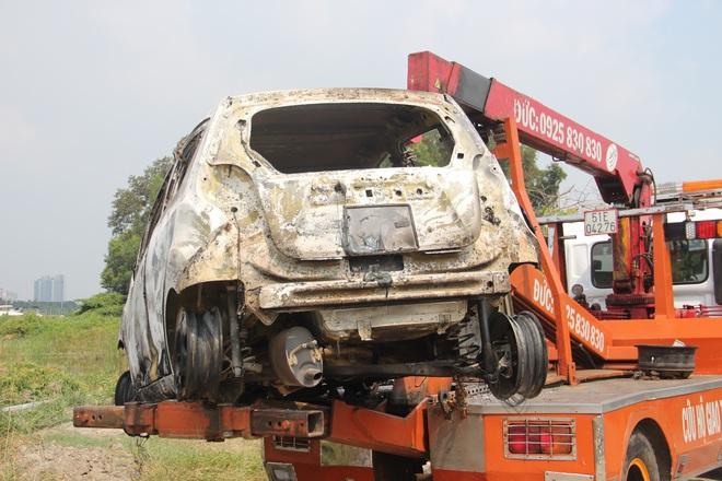 Công an TPHCM thông tin vụ nghi phạm giết cả gia đình Hàn Quốc cướp tài sản đốt xe phi tang - Ảnh 2.