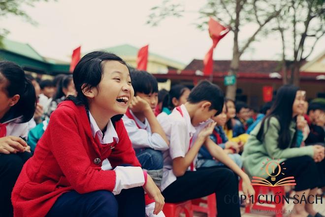 Về quê hương Can Lộc trao sách, đánh thức lòng tự hào dân tộc trong học sinh - Ảnh 8.