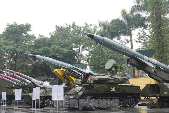 Đại tướng Ngô Xuân Lịch: Sử dụng mọi biện pháp cần thiết để tự vệ - Ảnh 3.