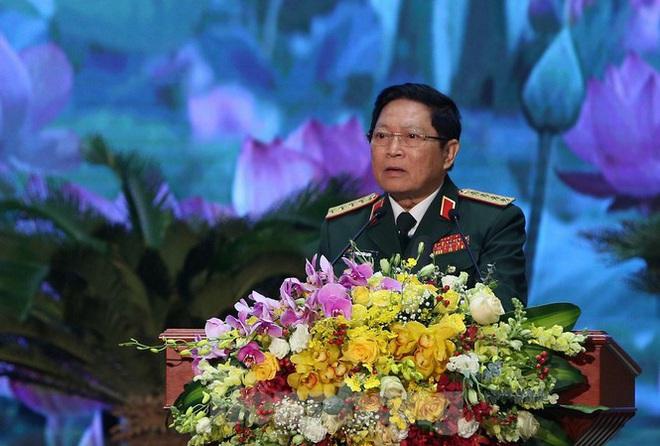 Đại tướng Ngô Xuân Lịch: Sử dụng mọi biện pháp cần thiết để tự vệ - Ảnh 1.