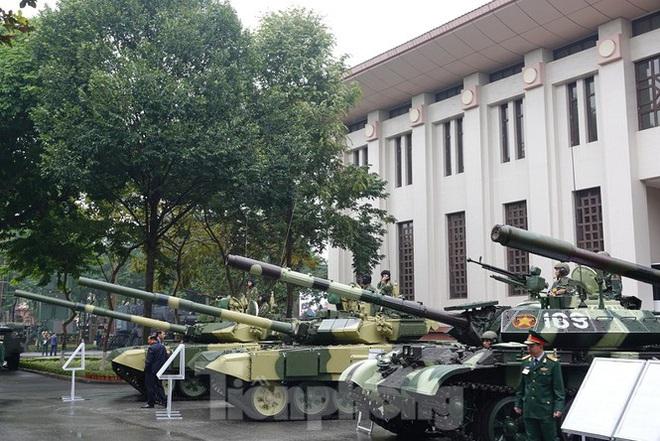 Đại tướng Ngô Xuân Lịch: Sử dụng mọi biện pháp cần thiết để tự vệ - Ảnh 4.