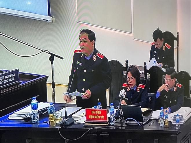 Ngày 6 xử vụ MobiFone mua AVG: Đến hiện tại, gia đình bị cáo Nguyễn Bắc Son đã khắc phục được 21 tỷ đồng - Ảnh 5.