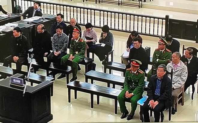 Vợ bị cáo Nguyễn Bắc Son có sổ tiết kiệm hơn 2 tỷ đồng nhưng là tiền cá nhân, để thuê luật sư, không thể khắc phục hậu quả