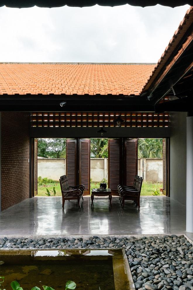 Mãn nhãn với ngôi nhà nội thất toàn bằng gỗ, như ốc đảo giữa nông thôn Việt Nam - Ảnh 13.
