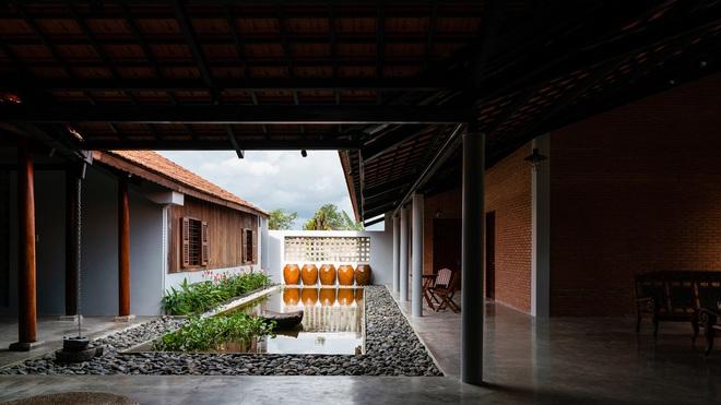 Mãn nhãn với ngôi nhà nội thất toàn bằng gỗ, như ốc đảo giữa nông thôn Việt Nam - Ảnh 7.