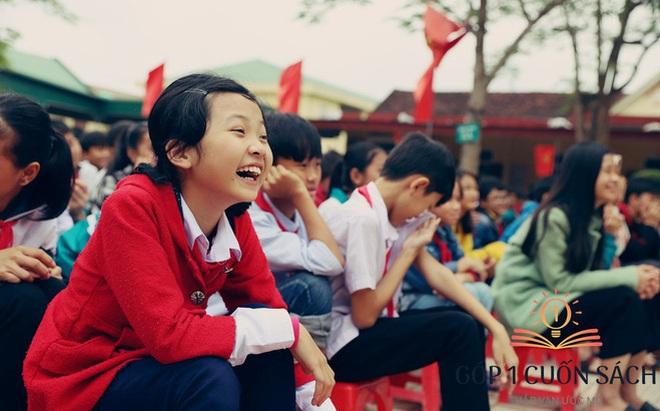 Về quê hương Can Lộc trao sách, đánh thức lòng tự hào dân tộc trong học sinh