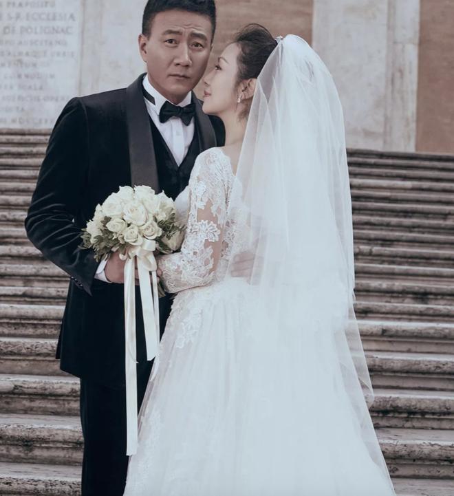 Kiều Phong đỉnh nhất Thiên long bát bộ: Cuộc sống gia đình đẹp hơn cả trên phim - Ảnh 12.