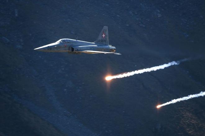 Mỹ mua lại 22 mớ sắt vụn từ Châu Âu: Luyện đòn hủy diệt nhằm vào tự hào của CNQP Iran? - Ảnh 7.