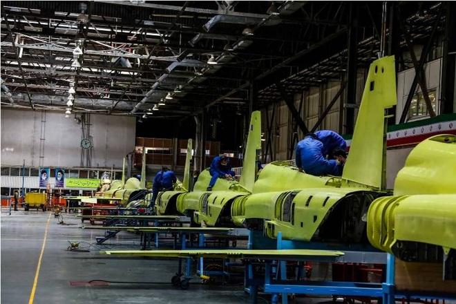 Mỹ mua lại 22 mớ sắt vụn từ Châu Âu: Luyện đòn hủy diệt nhằm vào tự hào của CNQP Iran? - Ảnh 6.