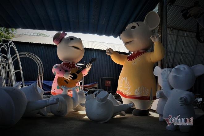 Lộ diện đàn chuột ngộ nghĩnh sắp ra đường hoa Nguyễn Huệ Tết Canh Tý - Ảnh 4.