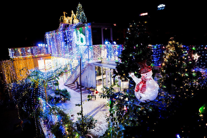 Những điểm lý tưởng đón Giáng Sinh, Noel tại Hà Nội và TP HCM - Ảnh 11.