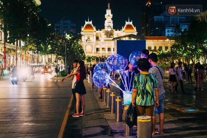 Những điểm lý tưởng đón Giáng Sinh, Noel tại Hà Nội và TP HCM - Ảnh 18.