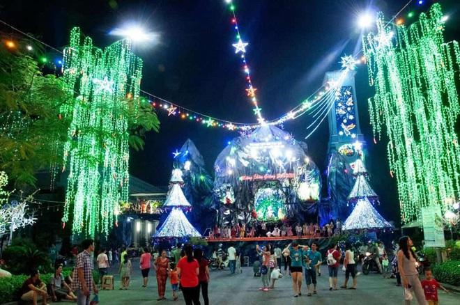 Những điểm lý tưởng đón Giáng Sinh, Noel tại Hà Nội và TP HCM - Ảnh 20.