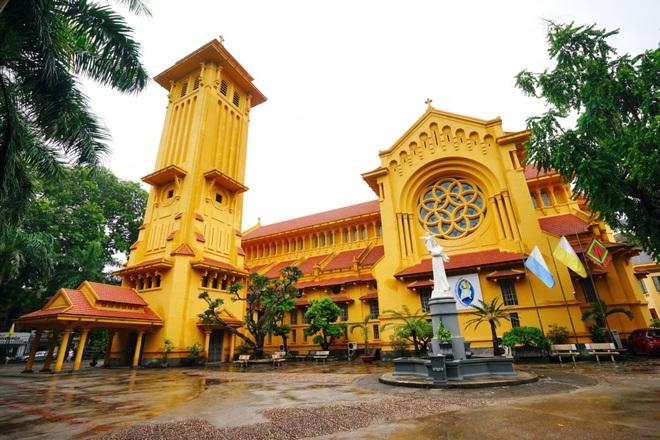 Những điểm lý tưởng đón Giáng Sinh, Noel tại Hà Nội và TP HCM - Ảnh 2.