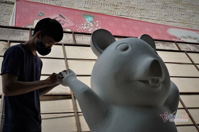 Lộ diện đàn chuột ngộ nghĩnh sắp ra đường hoa Nguyễn Huệ Tết Canh Tý - Ảnh 9.