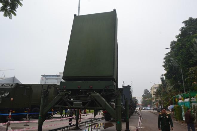 Nhìn cận cảnh tổ hợp tên lửa mới cứng của phòng không Việt Nam: Đẳng cấp thế giới - Ảnh 9.
