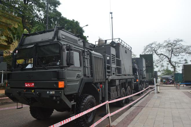 Nhìn cận cảnh tổ hợp tên lửa mới cứng của phòng không Việt Nam: Đẳng cấp thế giới - Ảnh 12.