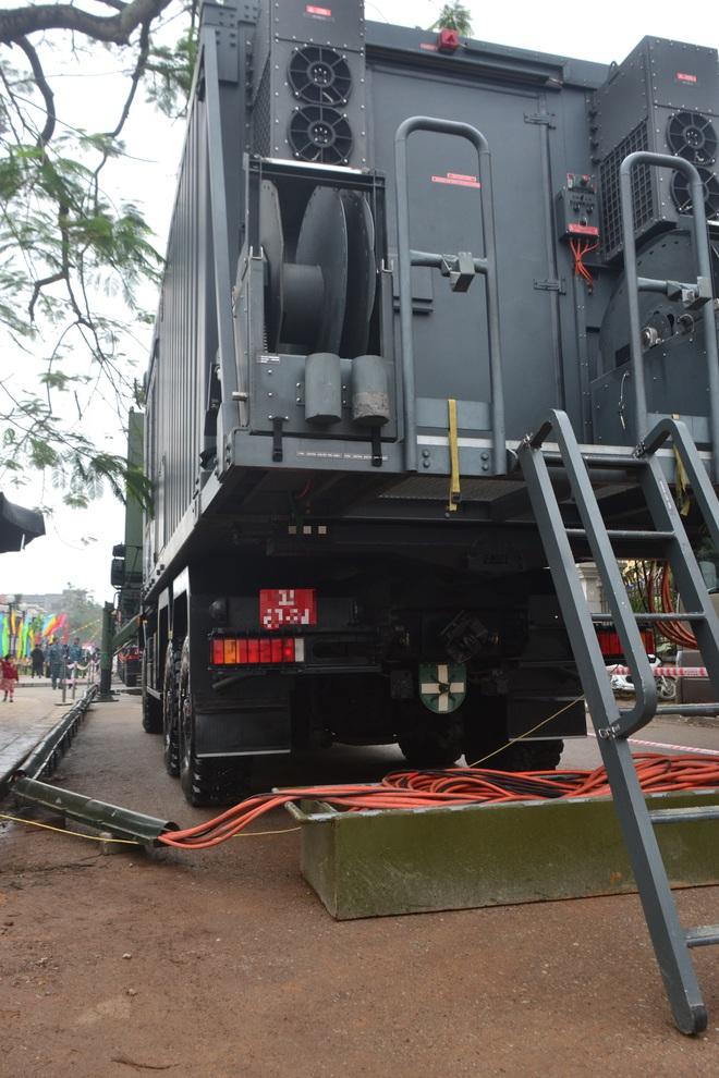 Nhìn cận cảnh tổ hợp tên lửa mới cứng của phòng không Việt Nam: Đẳng cấp thế giới - Ảnh 14.