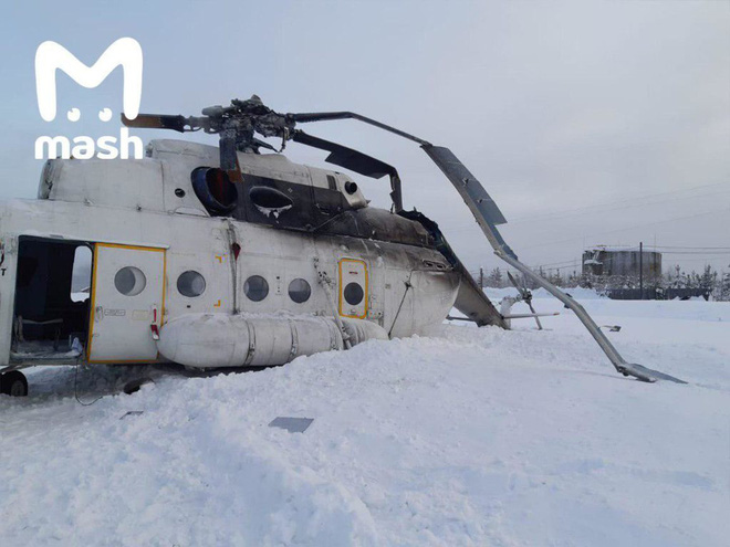 NÓNG: Trực thăng Mi-8 gãy cánh trong bão tuyết ở miền Trung nước Nga, 3 người lâm nạn - Ảnh 3.