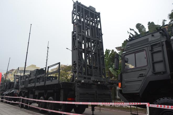 Nhìn cận cảnh tổ hợp tên lửa mới cứng của phòng không Việt Nam: Đẳng cấp thế giới - Ảnh 7.