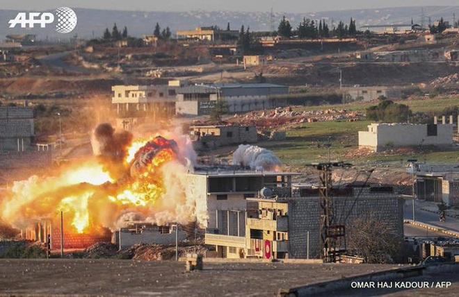 CẬP NHẬT: Khủng bố thề liều chết với Nga và Iran ở Idlib, pháo phản lực nã đòn thù vào quê nhà TT Syria - Ảnh 5.