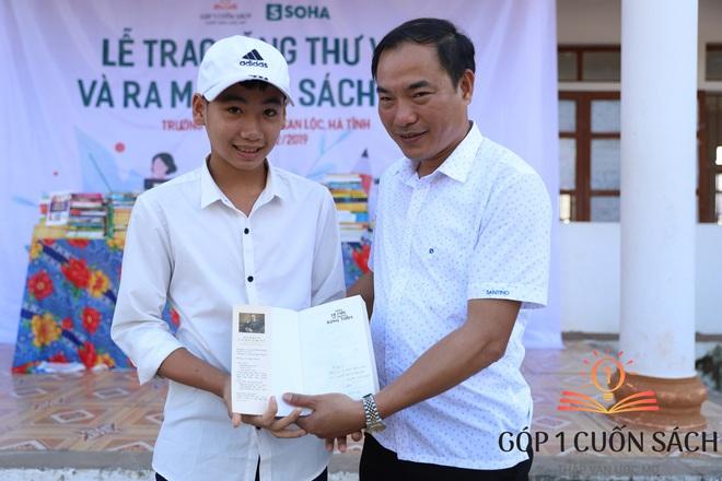 """Khi danh thủ Quang Hải, MC Thảo Vân """"duyệt"""" ước mơ của học sinh nghèo Can Lộc - Ảnh 8."""