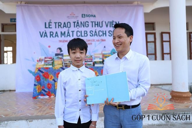 """Khi danh thủ Quang Hải, MC Thảo Vân """"duyệt"""" ước mơ của học sinh nghèo Can Lộc - Ảnh 10."""
