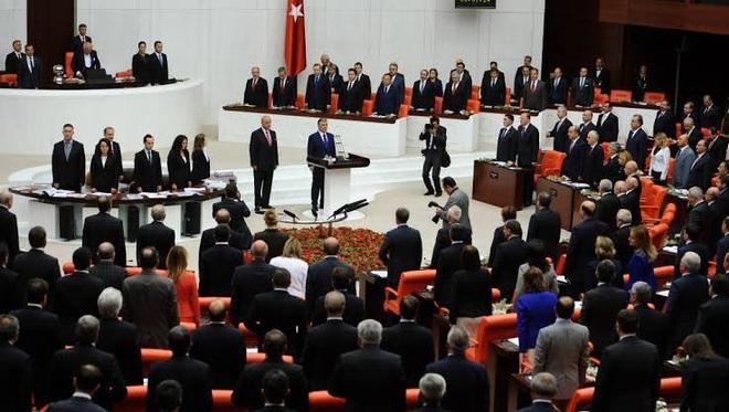 Mặc kệ lời cảnh báo của Nga, Thổ Nhĩ Kỳ ráo riết xúc tiến kế hoạch điều binh đến Libya - Ảnh 1.