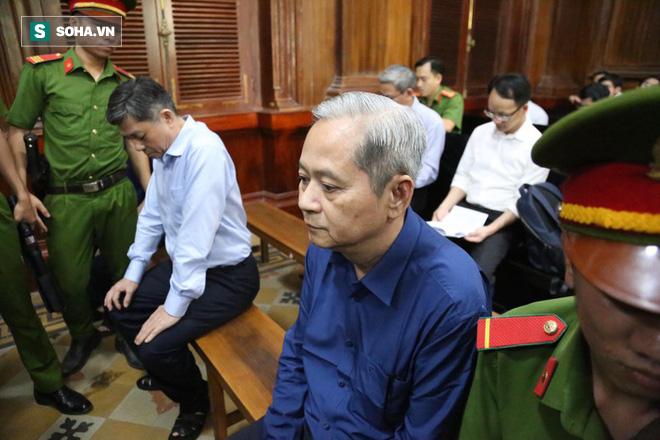 Vụ Vũ nhôm thâu tóm đất vàng: Cựu phó chủ tịch TP.HCM Nguyễn Hữu Tín: Bị cáo rất đau xót - Ảnh 2.
