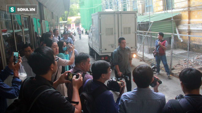 Nguyên Phó Chủ tịch UBND TP HCM Nguyễn Hữu Tín không khỏe trong ngày xét xử - Ảnh 2.