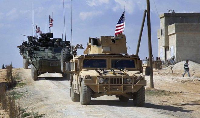 Đoàn xe tuần tra của quân cảnh Nga bị Mỹ chặn lại bằng vũ lực - Ảnh 8.