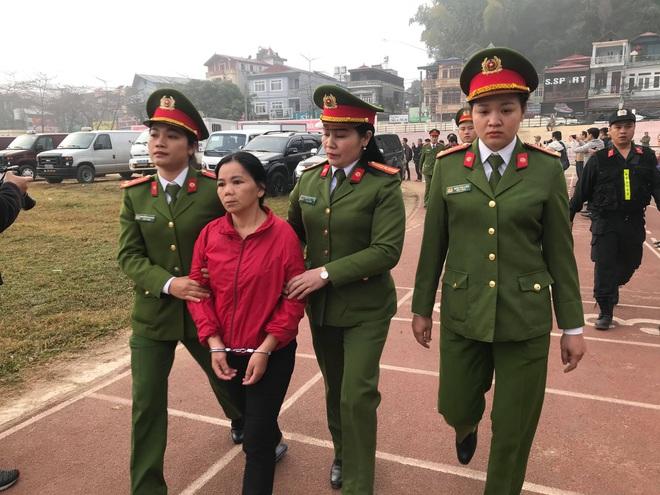 Xét xử vụ nữ sinh giao gà ở Điện Biên: Bùi Văn Công cho rằng chủ mưu còn đang nhởn nhơ ngoài xã hội... - Ảnh 11.