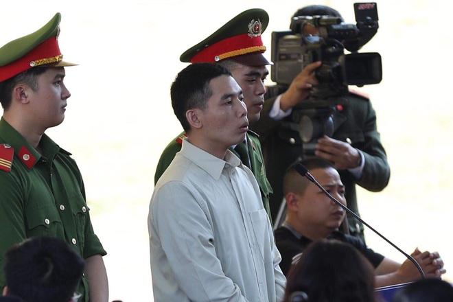 Xét xử vụ nữ sinh giao gà ở Điện Biên: Bùi Văn Công cho rằng chủ mưu còn đang nhởn nhơ ngoài xã hội... - Ảnh 9.